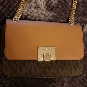 Michael Kors shoulder/cross body bag